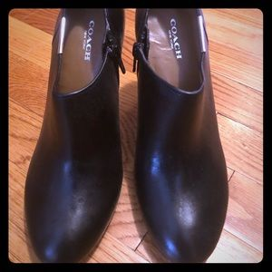 NWT Coach booties